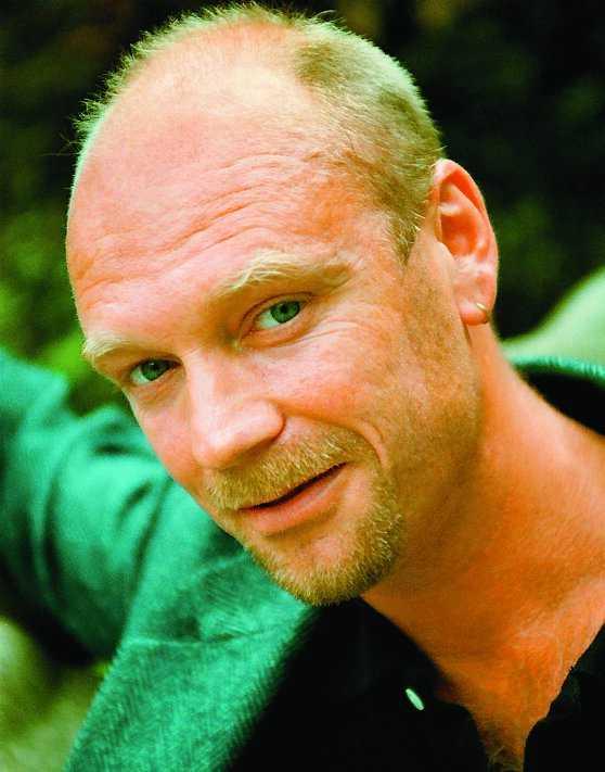 Bengt Brülde forskar om lycka.