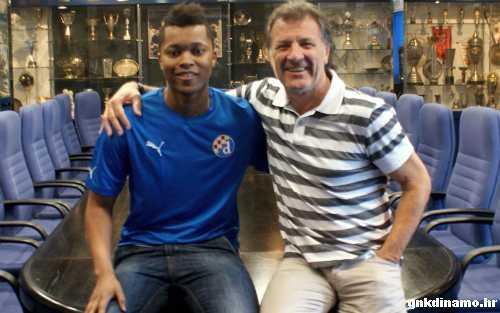 Darbo presenteras av Dinamo.