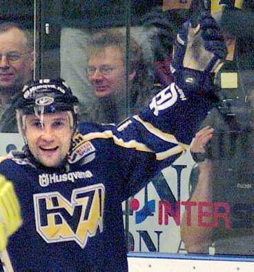 Stefan Hellkvist, senast i HV71, blir Schweiz-bo.