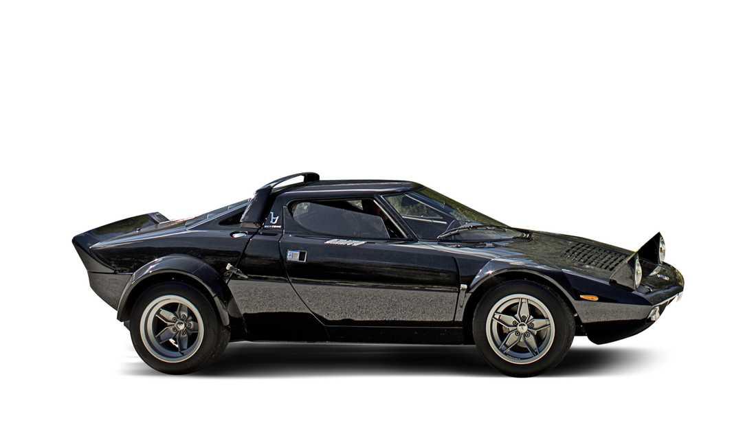 Lancia HF Stratos Motor/Växellåda: 2,4-liters V6, 193 hk, 226 Nm, 5-växlad manuell låda  Prestanda:  0–100 på 6,0 sek, 209 km/h Vikt:  980 kg  Pris: Ca 2,2 miljoner kronor