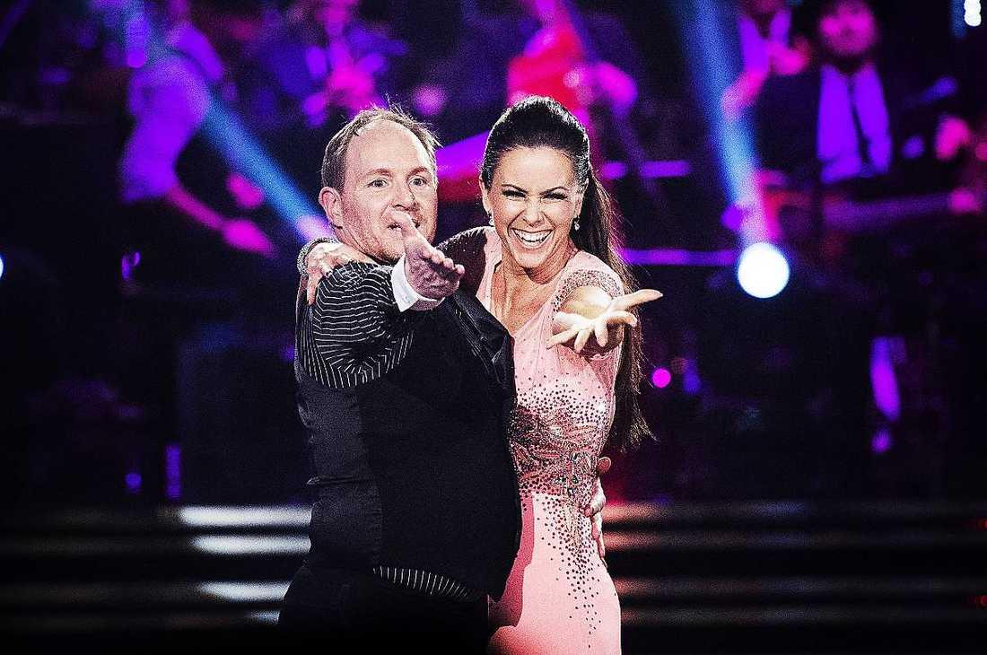 """Heta känslor inför finalenMorgan Alling slog tillbaka mot Arja Saijonmaas kritik. """"Där har hon fel. Det här är 'Let's dance', det är show också"""", säger han."""