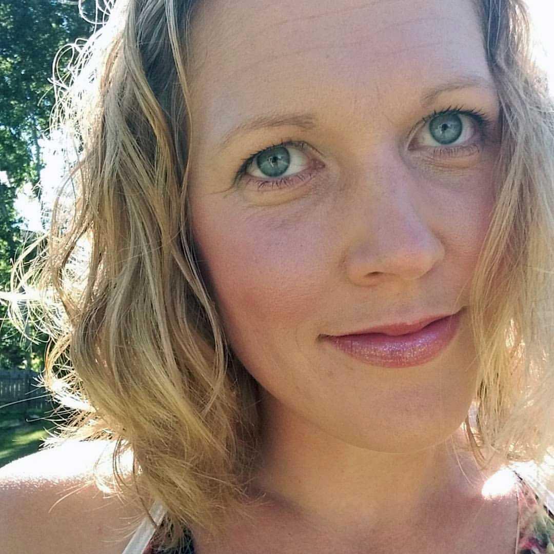 Anna Rydemark, 34,  hjälpte till att släcka branden.