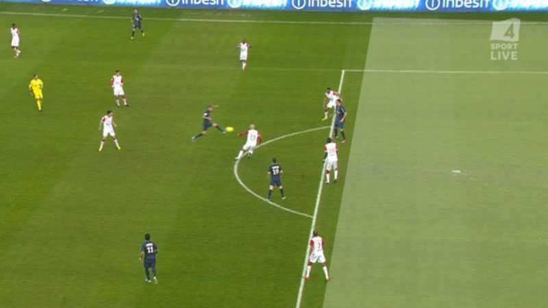 Svensken var precis på rätt sida om offsidelinjen.