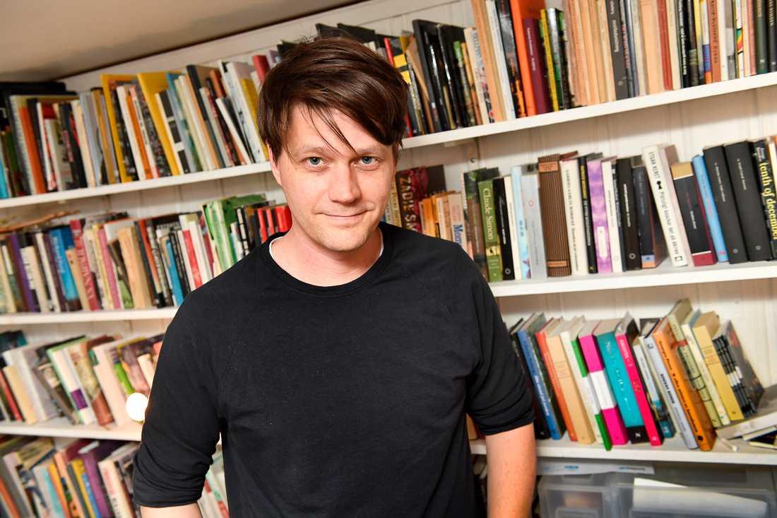 Daniel Sjölin riktar hård kritik mot sin förra arbetsgivare SVT.