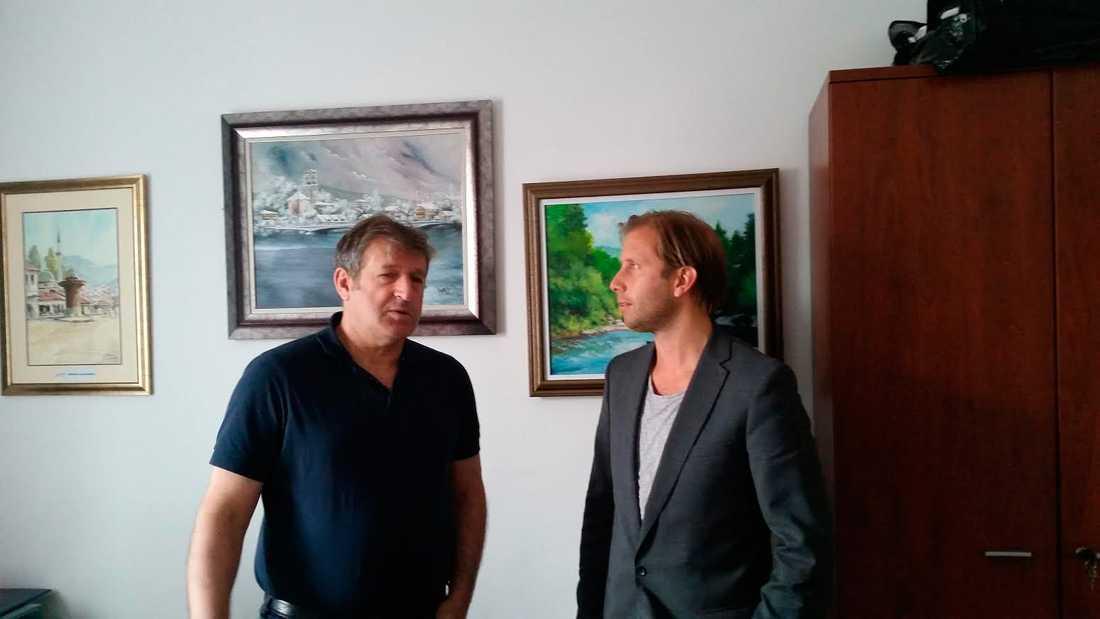 Förbundskapten Safet Susic (vänster) med Simon Bank.