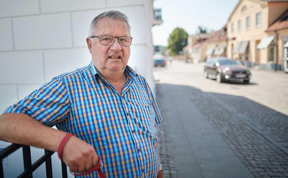 """""""Det är på grund av all brottslighet och invandring som SD ökar så mycket"""", säger Lars Pettersson, 71."""