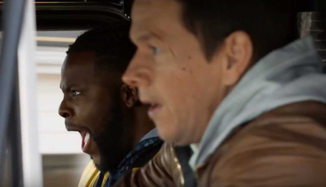"Winston Duke och Mark Wahlberg i ""Spenser confidential""."