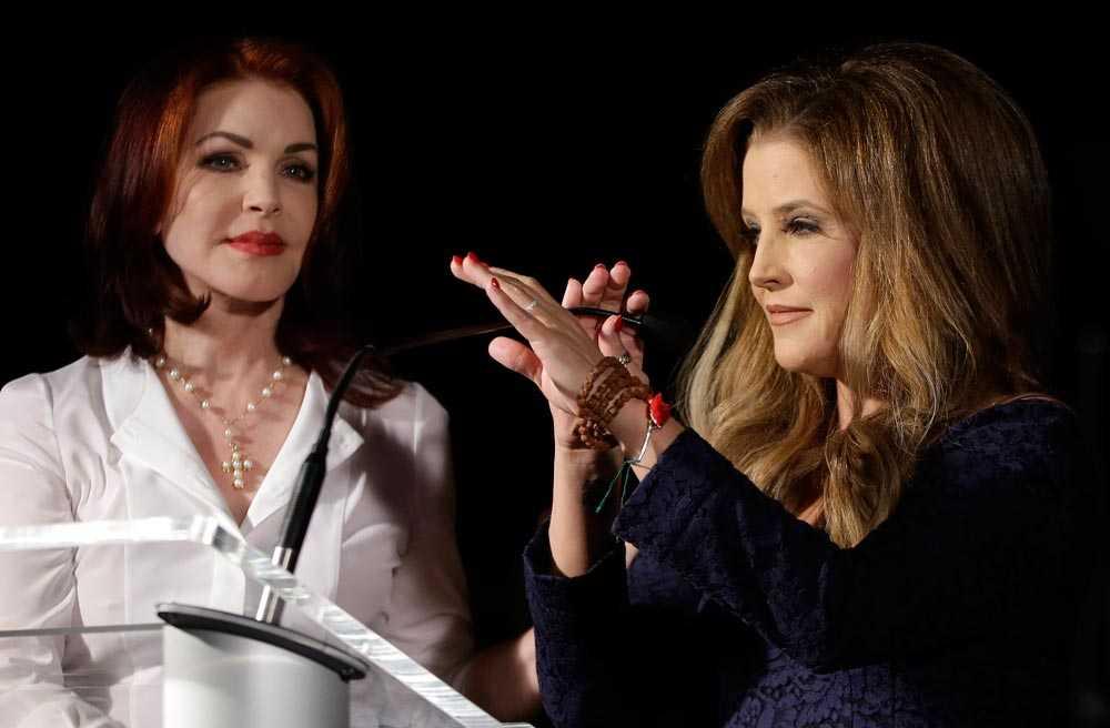 Lisa Marie tillsammans med mamma Priscilla.