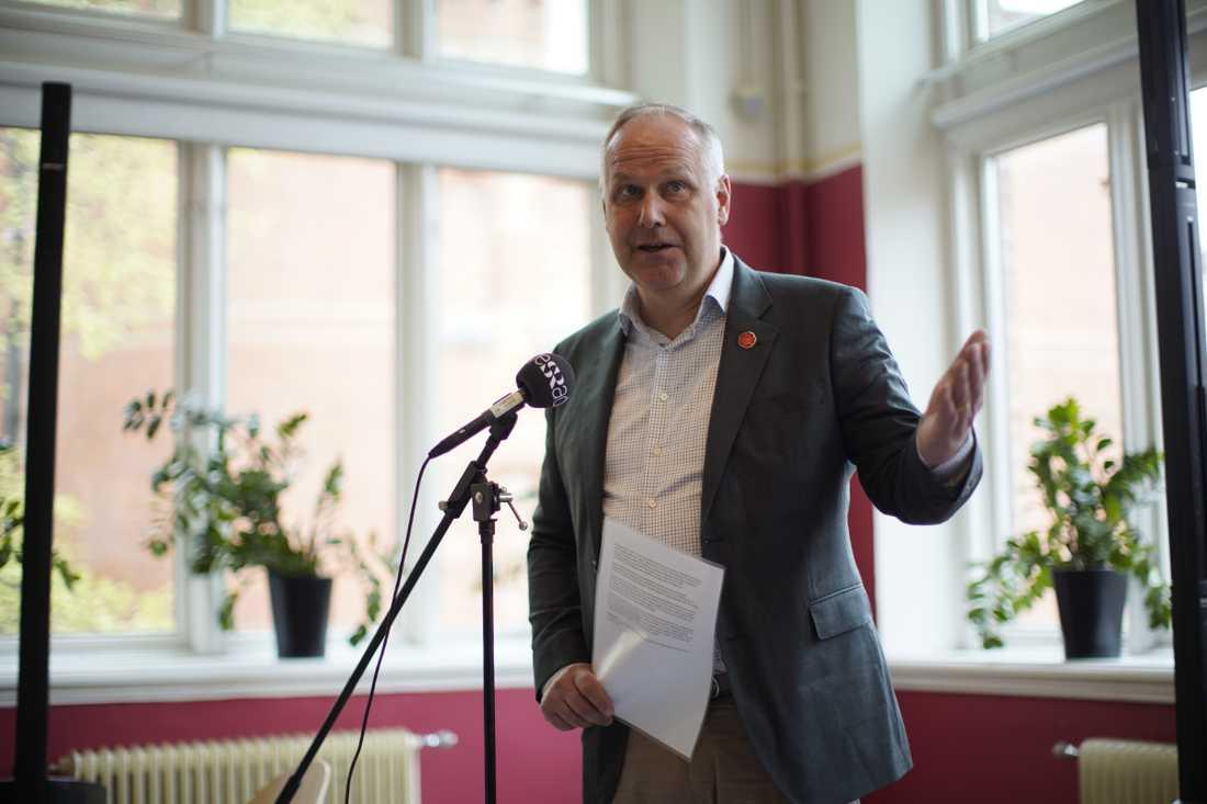 Jonas Sjöstedt var frän i sin kritik mot Stefan Löfven på första maj.