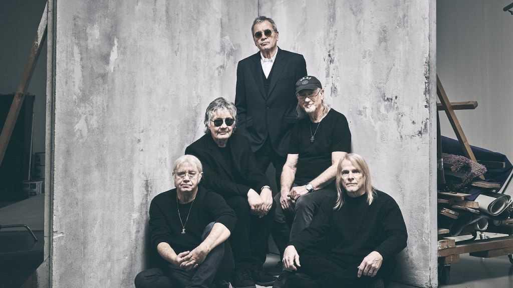 Hårdrocklegendarerna i Deep Purple är fortfarande en kraft att räkna med, någotsånär i alla fall.