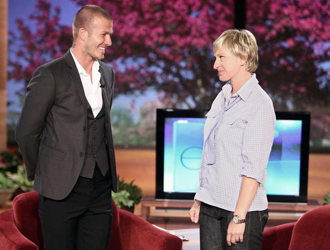 Besöker Ellen Degeneres tv-show i april 2008.