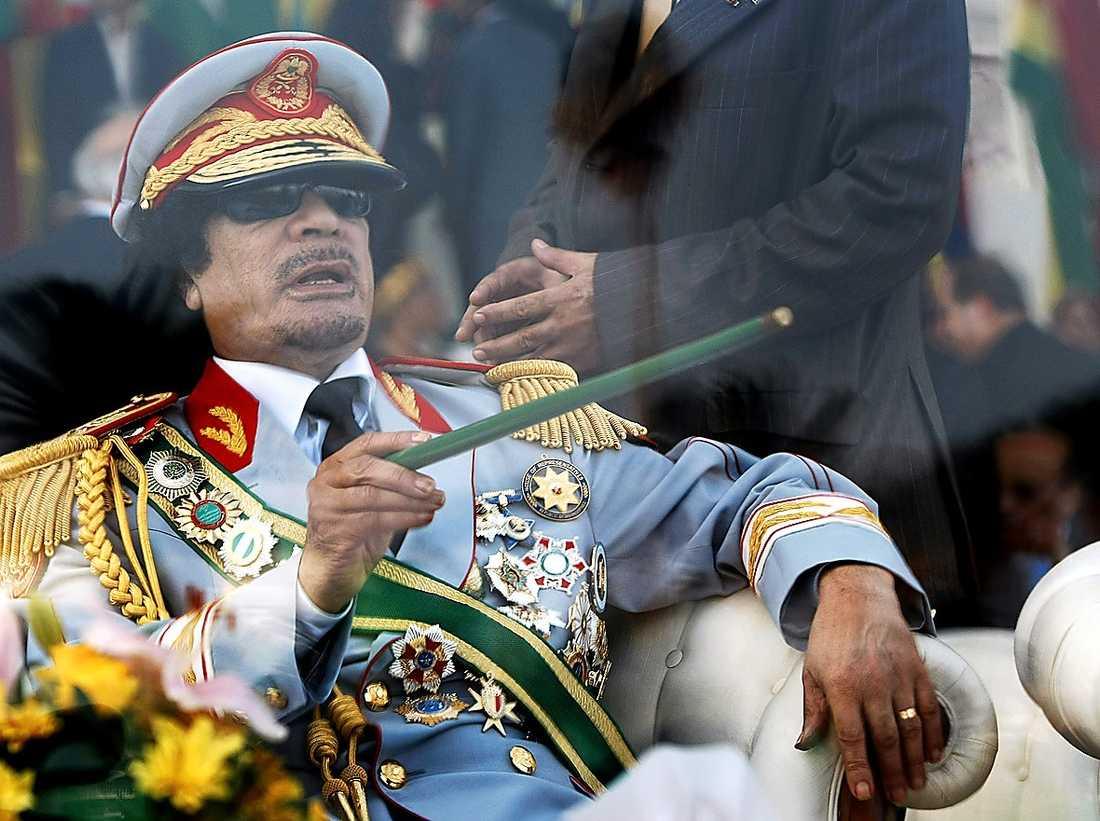 SISTA DANSEN? Efter att ha hållit två minst sagt uppmärksammade tal till folket höll den excentriske Gaddafi låg profil i går.