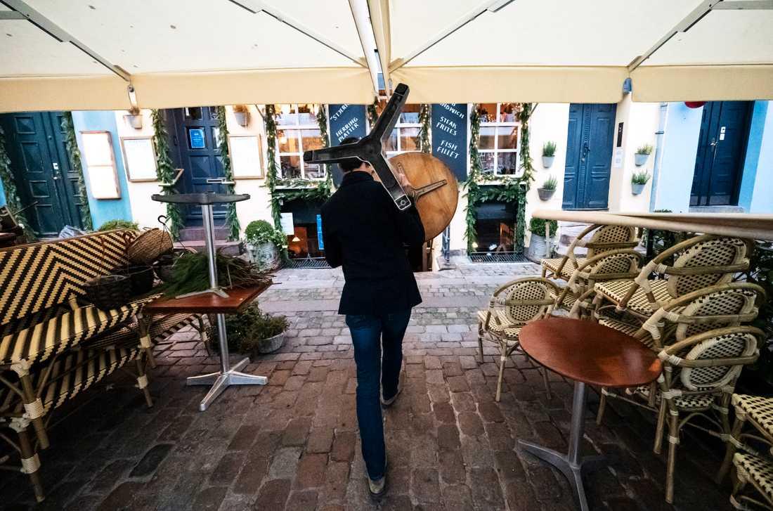 Krogarna i Danmarks huvudstad Köpenhamn kommer inom kort att fyllas av gäster igen.