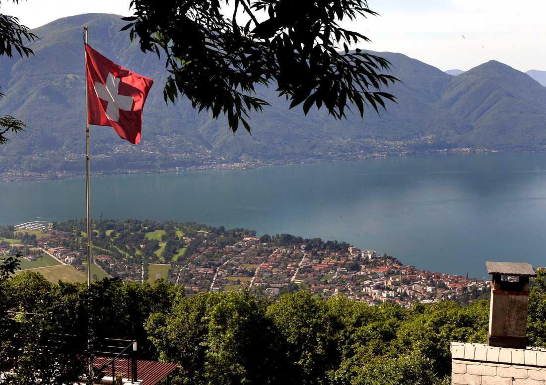 Den schweiziska regeringen vill i lagen förbjuda diskriminering mot hbtq-personer men motståndarna har samlat tillräckligt stöd för en folkomröstning i frågan och den ska hållas på söndag. Arkivbild.