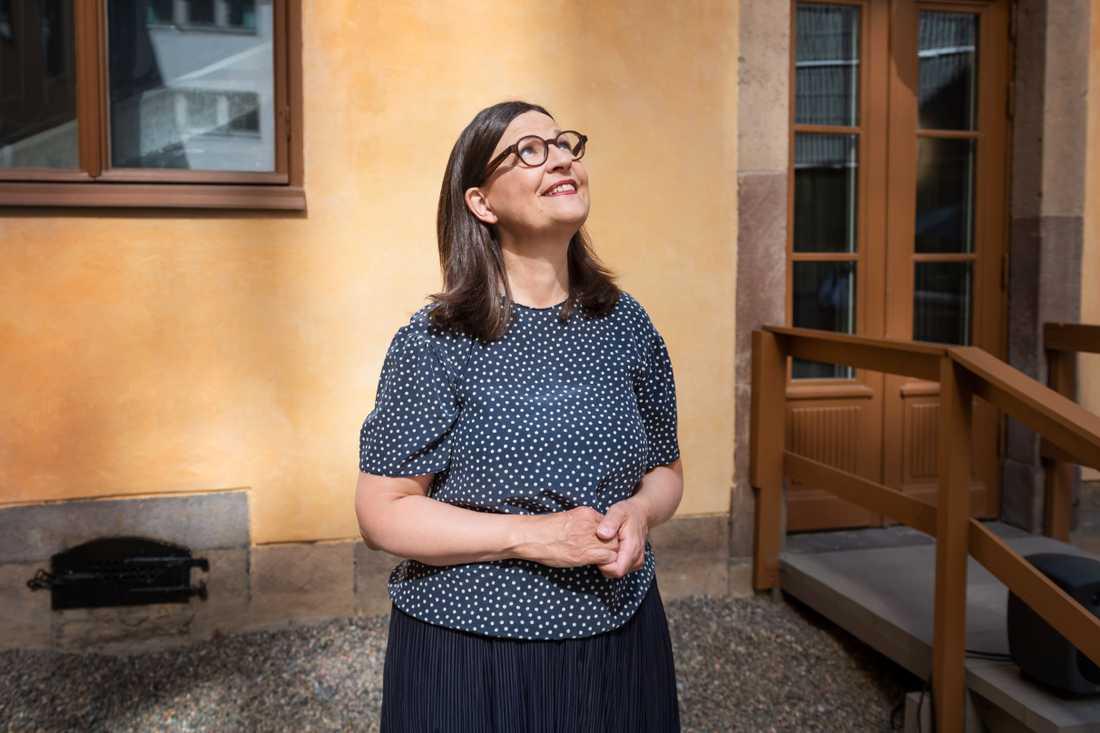 """""""Tanken är inte att det här ska användas som ett sätt att tjäna pengar"""", säger Anna Ekström om risken för att gymnasieskolorna lockas till att gå över till mer distansundervisning eftersom det är billigare."""