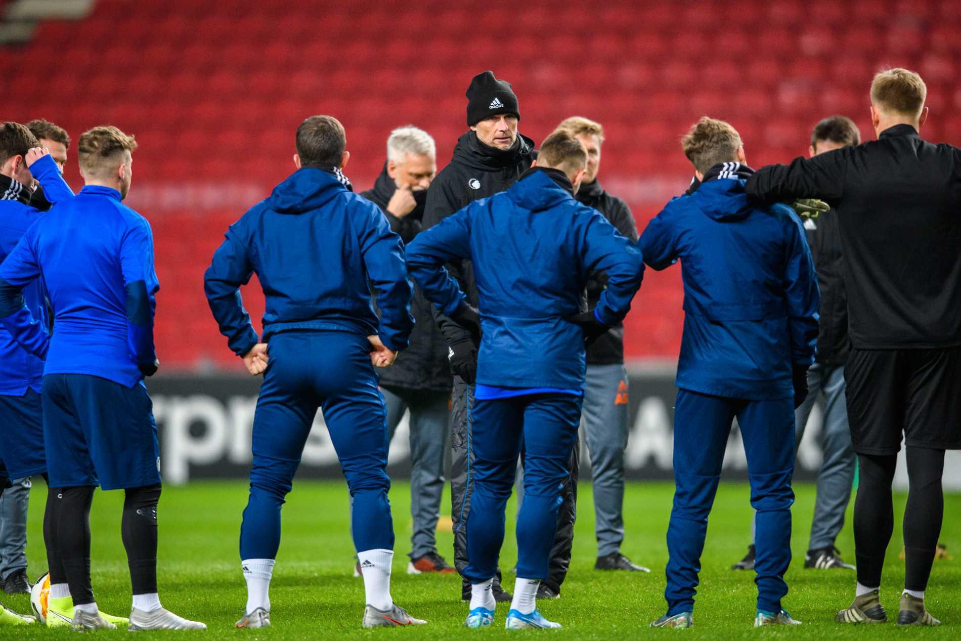 Köpenhamn på träningen inför matchen.
