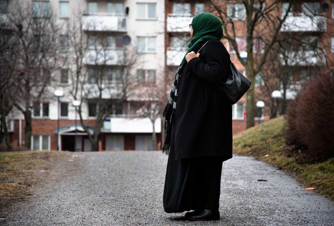 Amina har kämpat i snart fem år för att få hem dottern.