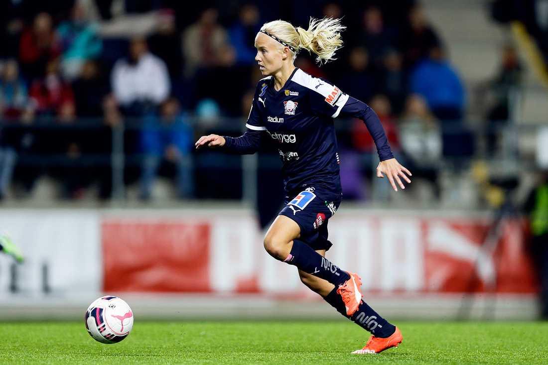 Pernille Harder plockade hem priset som bästa forward och Damallsvenskans mest värdefulla spelare under fotbollsgalan. Nu prisas hon även av sina med- och motspelare.