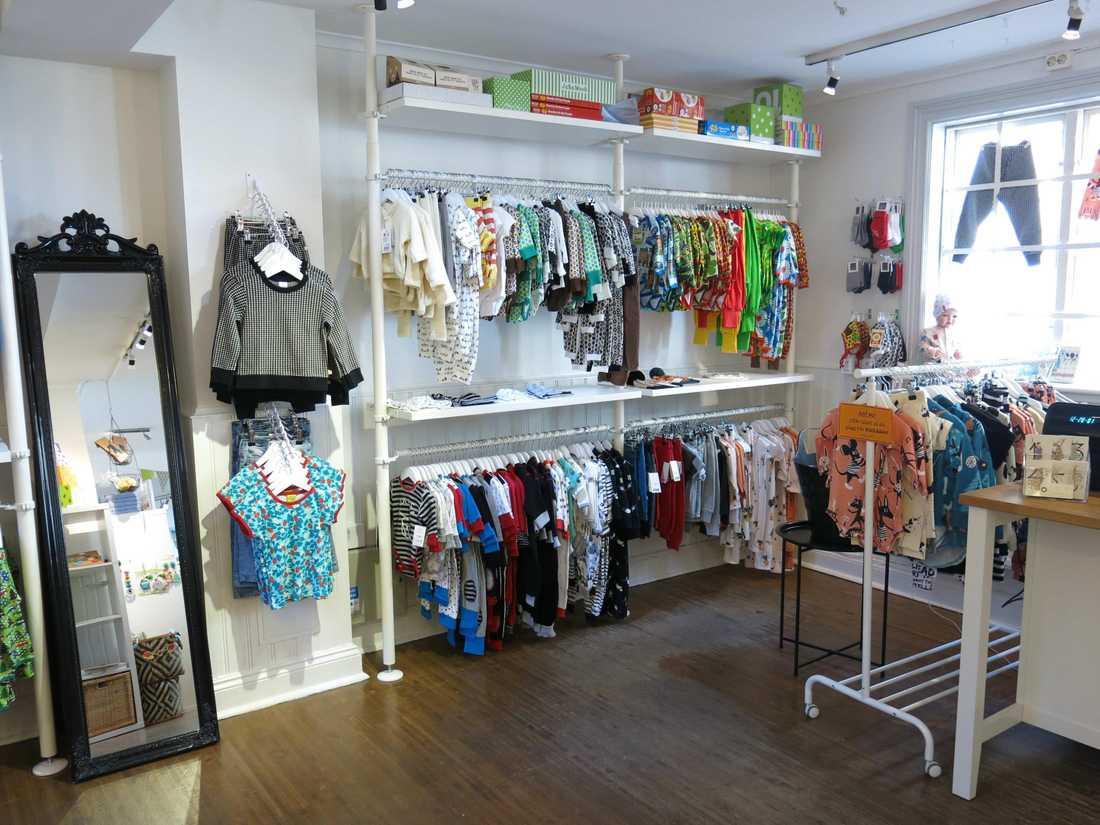 Hon har öppnat upp en butik där kläderna är till för alla barn – oavsett kön.