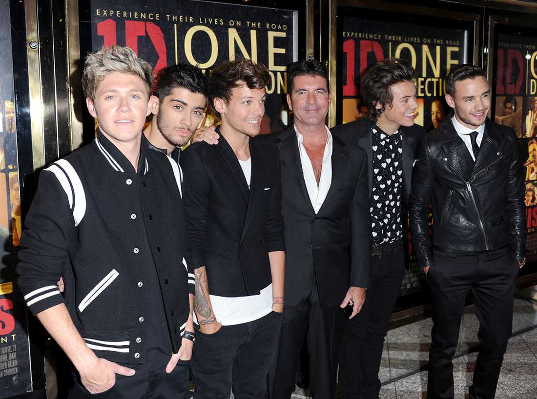 Simon Cowell tillsammans med One Direction 2013.