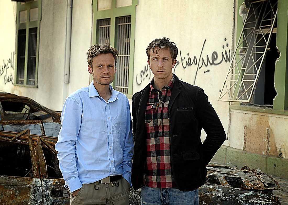Aftonbladets utsända Jerker Ivarsson och Erik Wiman.