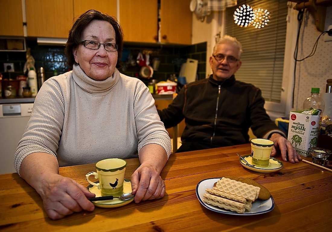 Kerstins grannar Salme och Bernt Hammarström är oroliga.