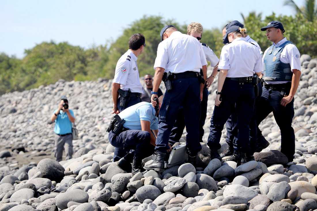 Tidigare hittades en flygplansvinge på Reunion som nu bekräftas tillhöra MH370.