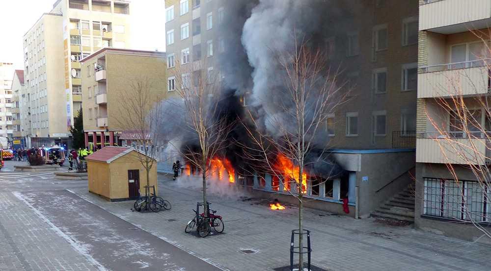 Moskén i Eskilstuna totalförstördes i branden på juldagen 2014.
