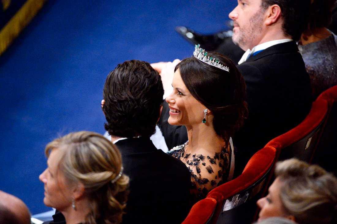 Glad prinsessan Sofia vid nobelprisutdelningen i Konserthuset i Stockholm på torsdagen.