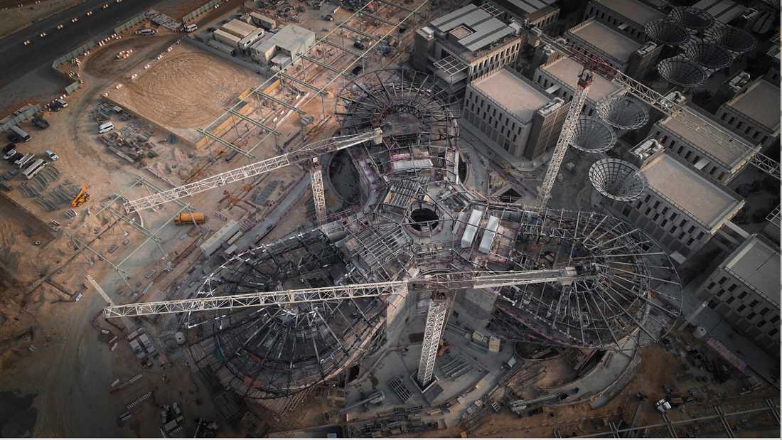 Här är Expo 2020-området i Dubai under uppbyggnad.