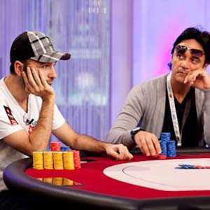 Få anställning via pokerbordet