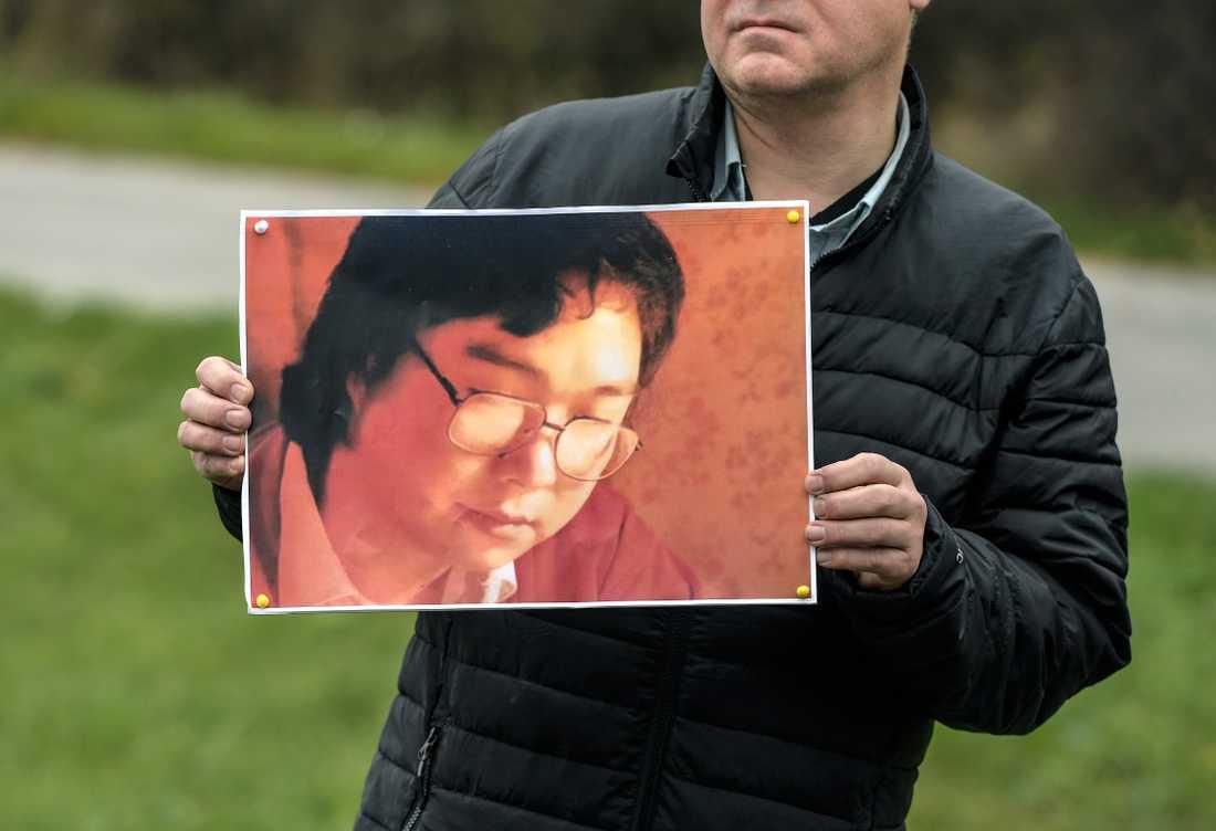 Journalistförbundet, Förläggareföreningen, Författarförbund och Svenska Pen arrangerade i höstas en stödmanifestation utanför Kinas ambassad för den svensk-kinesiske förläggaren Gui Minhai som varit frihetsberövad i Kina i tre år. Arkivbild.