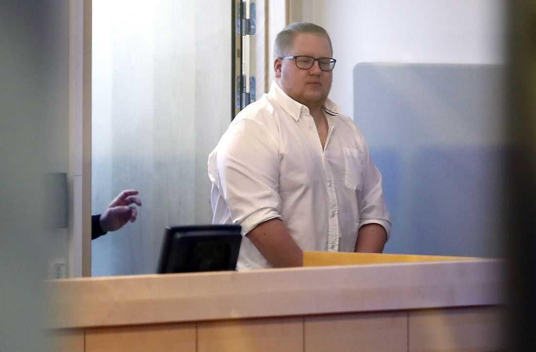 Edvin, 24, dömdes till livstids fängelse.