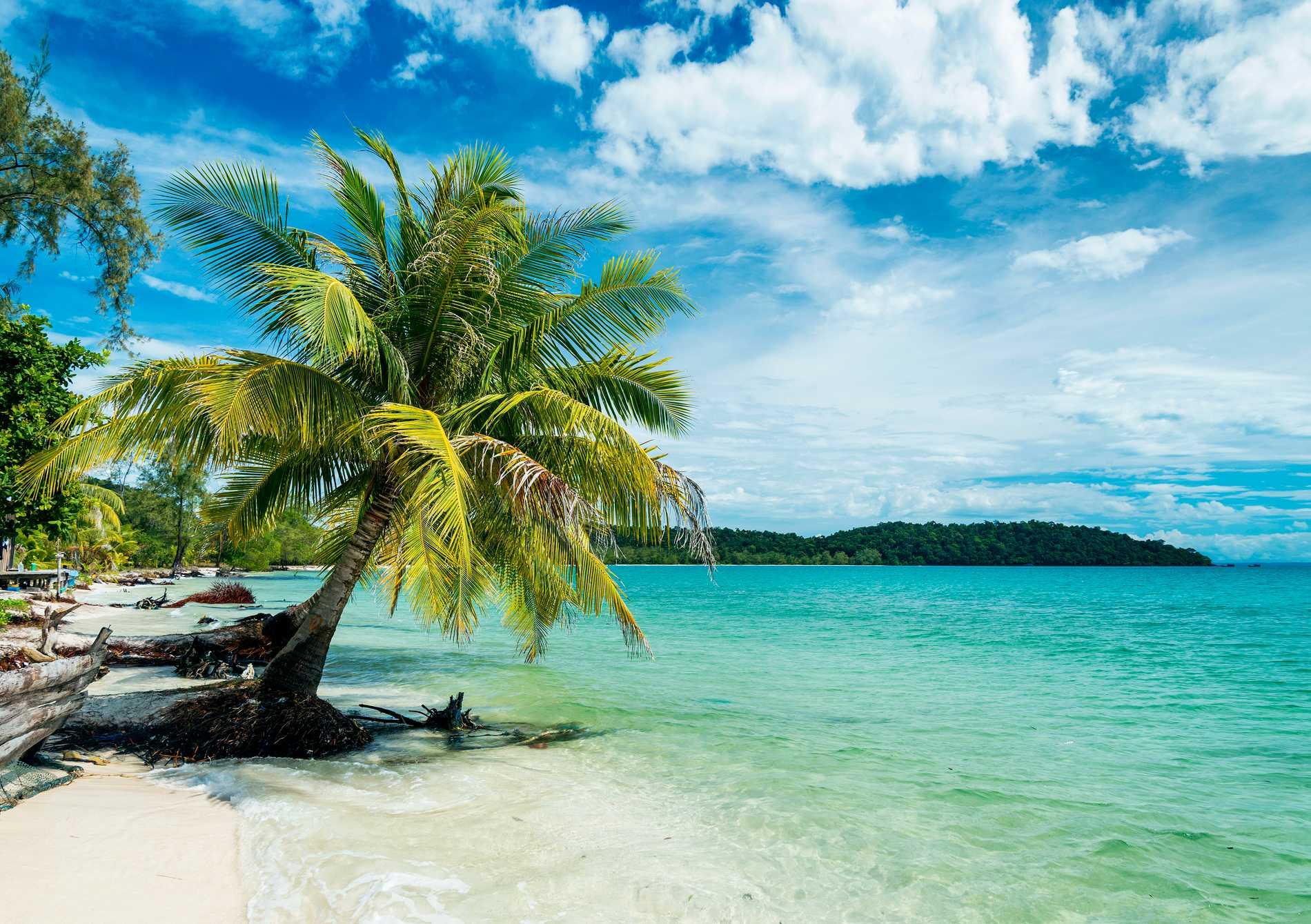 Koh Rong är en paradisö utanför Kambodjas kust.