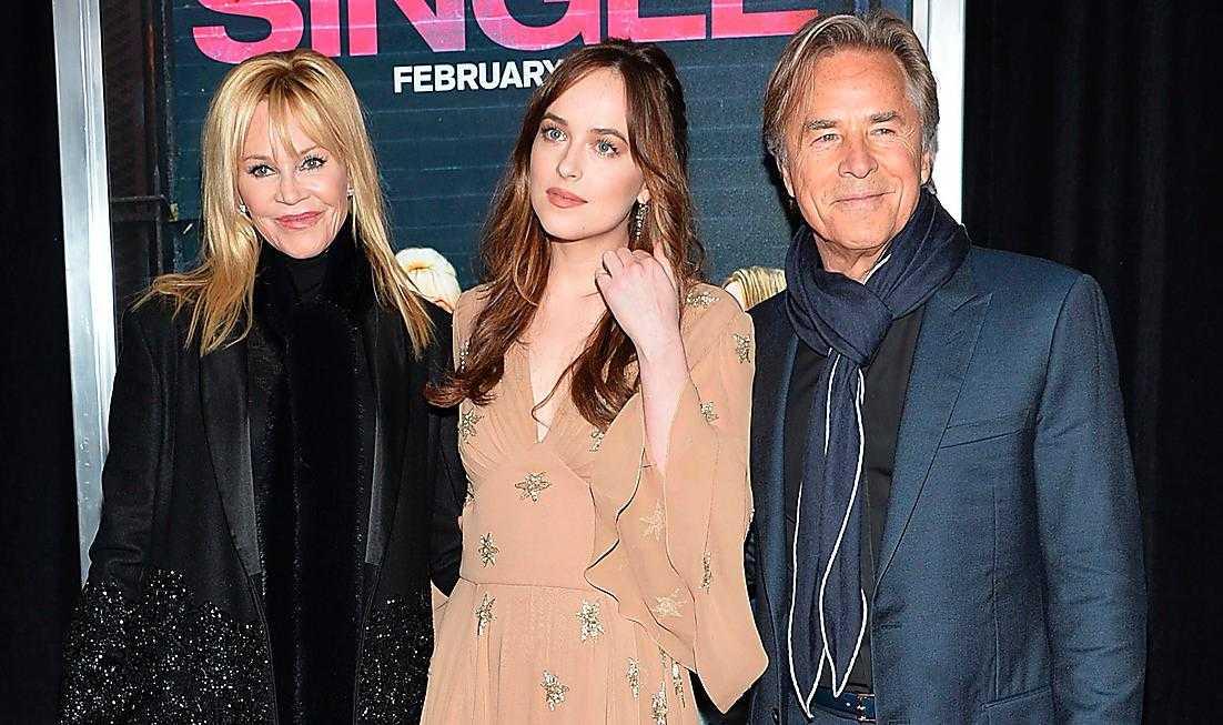 Melanie Griffith och ex-maken Don Johnson tillsammans med dottern Dakota Johnson.