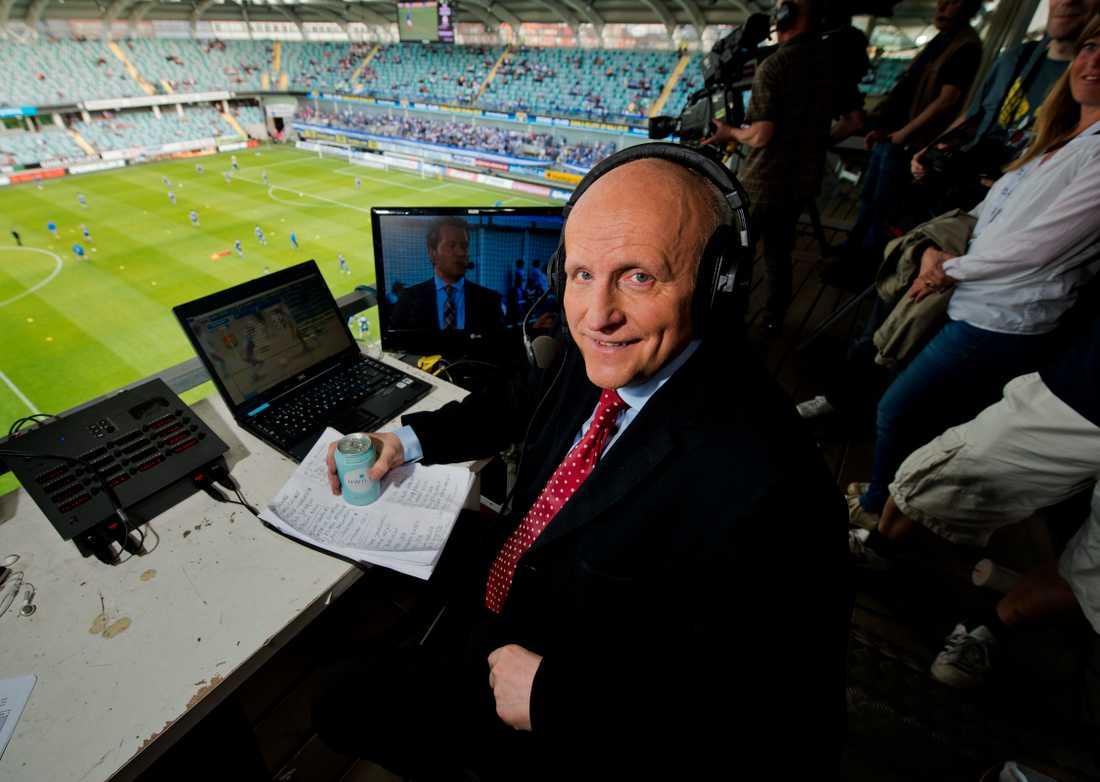 Under mer än 40 år var Arne Hegerfors en av de mest kända sportkommentatorerna i TV.