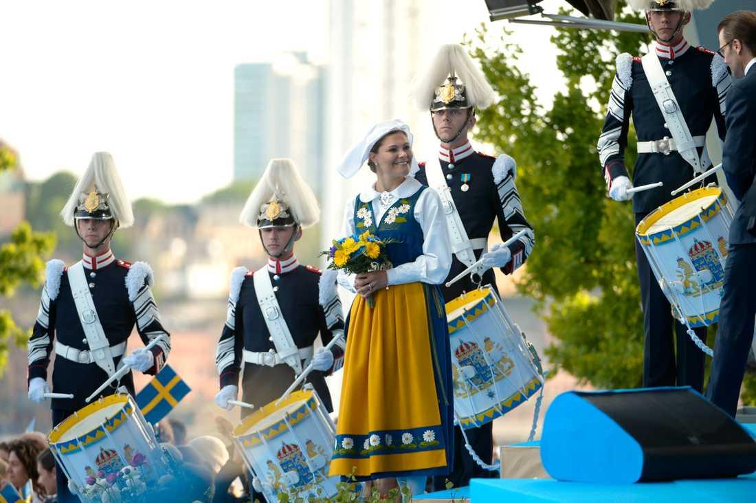 Många tar sig till skansen 6 juni för att fira nationaldagen.