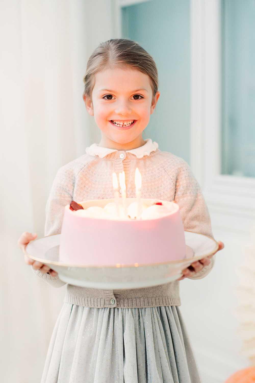 Estelle fyller 6 år!