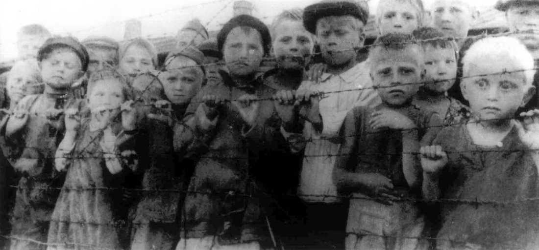 Polska barn i förintelselägret.