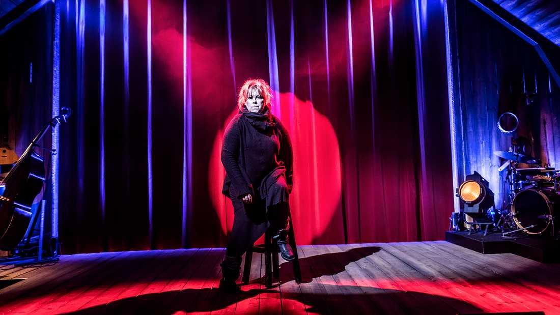 Marie NilssonLind tillbaka på scen efter två år.