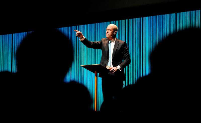 Fredrik Reinfeldts Moderaterna får de sämsta siffrorna sedan Aftonbladet/United Minds inleddes under valet 2010.