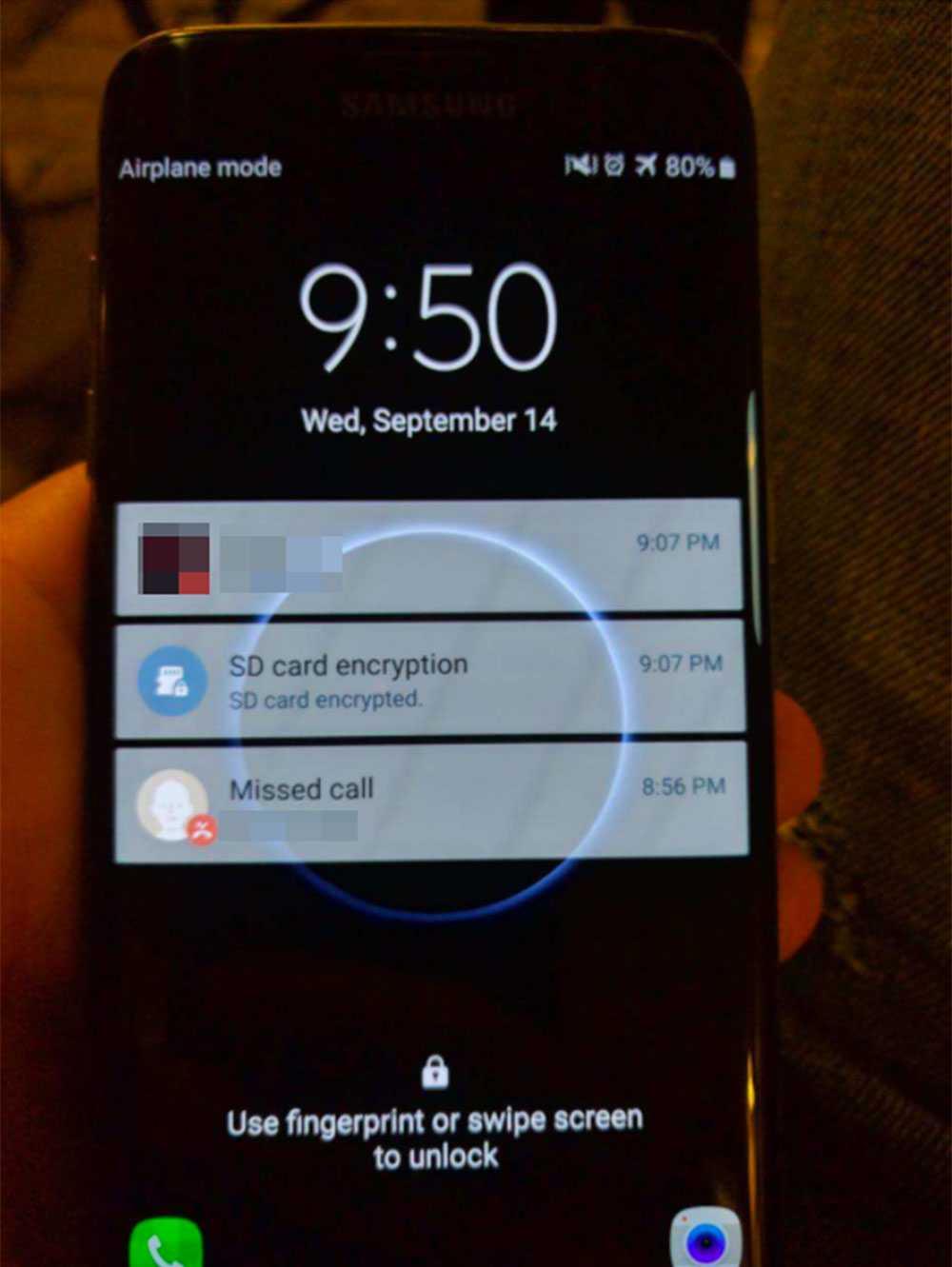 När polisen tog mannens mobiltelefon i beslag hade han börjat kryptera mobiltelefonens innehåll ett par minuter före polisingripandet – det syntes på displayen.