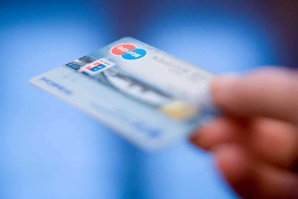 Var tionde svensk har någon gång tagit ett kreditlån inför semestern, enligt en ny undersökning från Aftonbladet/Inizio.