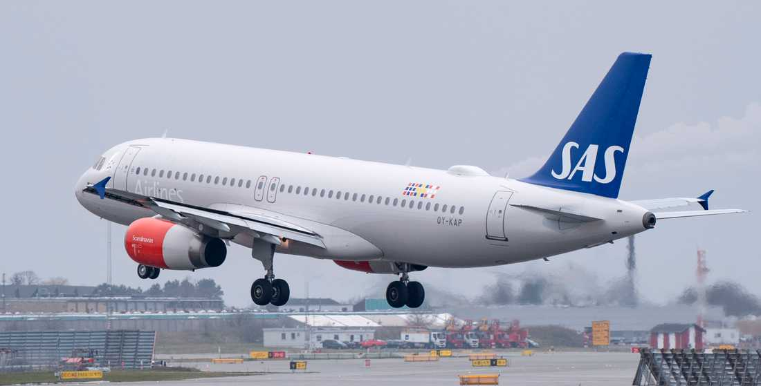 Ett Airbusflygplan av modellen A320-232. Arkivbild.