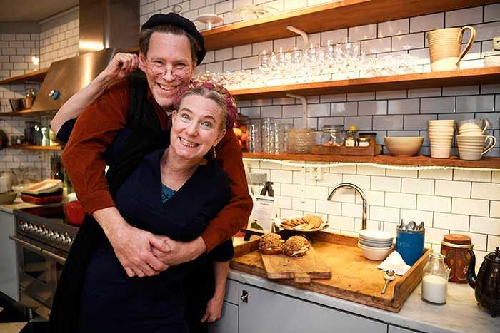 Många svenskar följer tv-serien om MarieMandelmann, 54, ochGustaf Mandelmann, 53, och deras liv på gården i Djupadal.