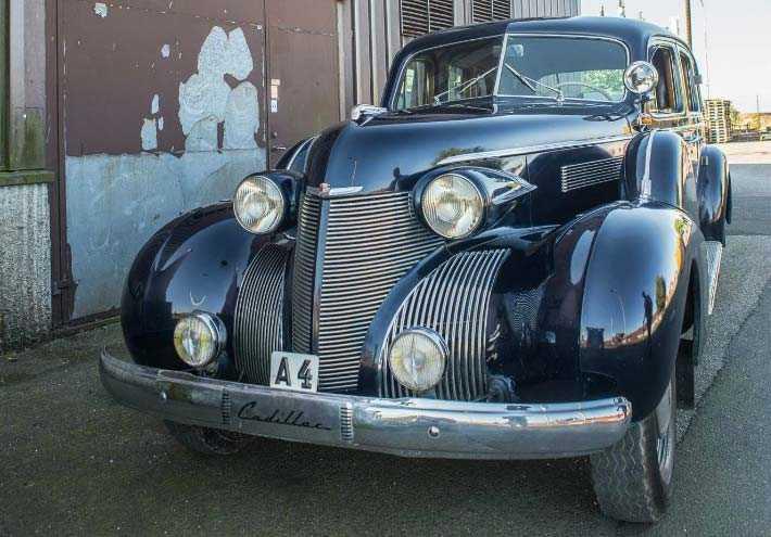 Gustav VI Adolfs Cadillac Imperial från 1939. Utropspris: 325 000 kronor.