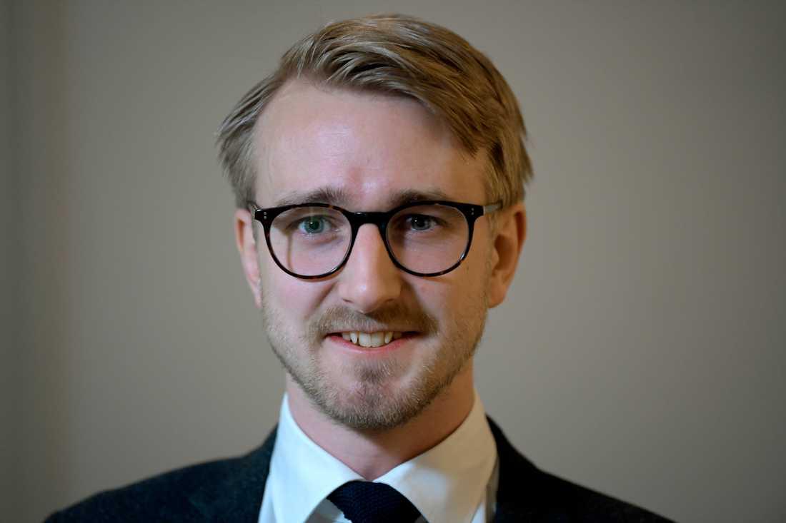 Fredrik Christensson, skolpolitisk talesperson för Centern, vill ha kvar köer till friskolor. Arkivbild.
