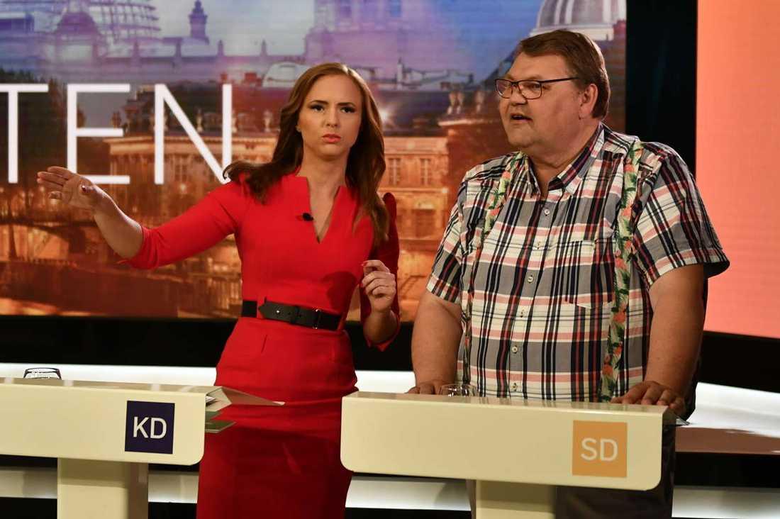 Sara Skyttedal (KD) och Peter Lundgren (SD) i SVT:s valdebatt.
