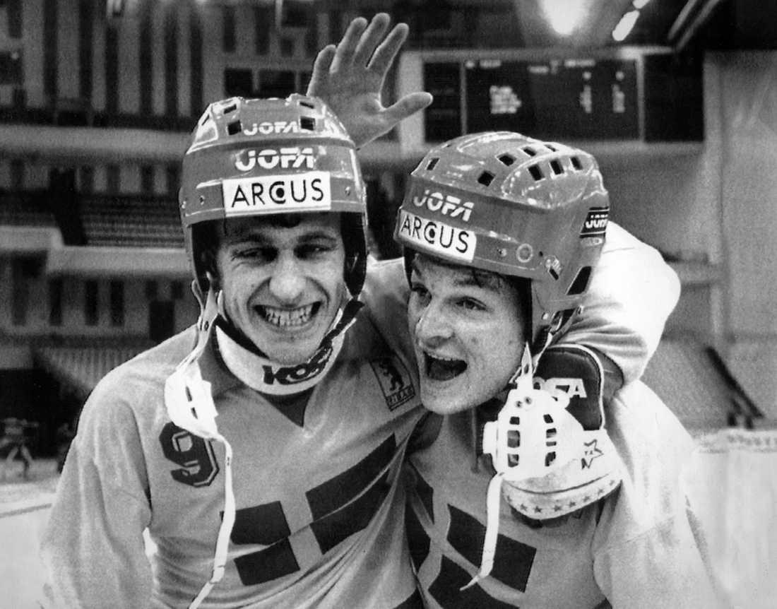 Hans Elis Johansson och Per Fosshaug, lagkamrater i VSK och landslaget.
