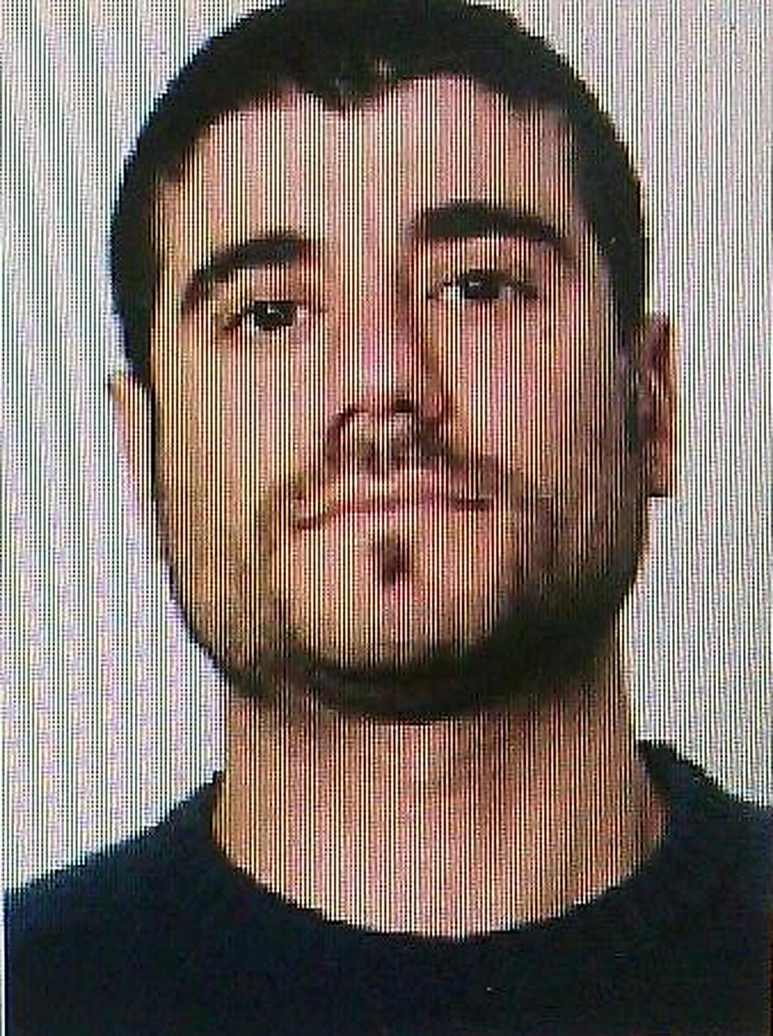 Saleh Hadri misstänks för mordet på Alex Ghara Mohammidi.